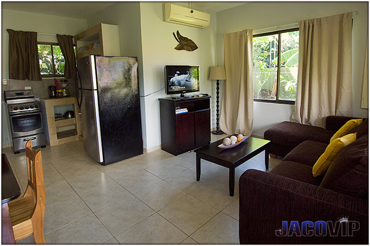 Entrance to Blue Macaw condo in Jaco Beach