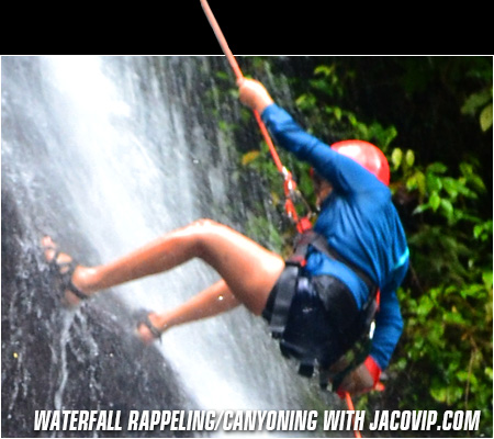 Waterfall Rappelling tour in Jaco